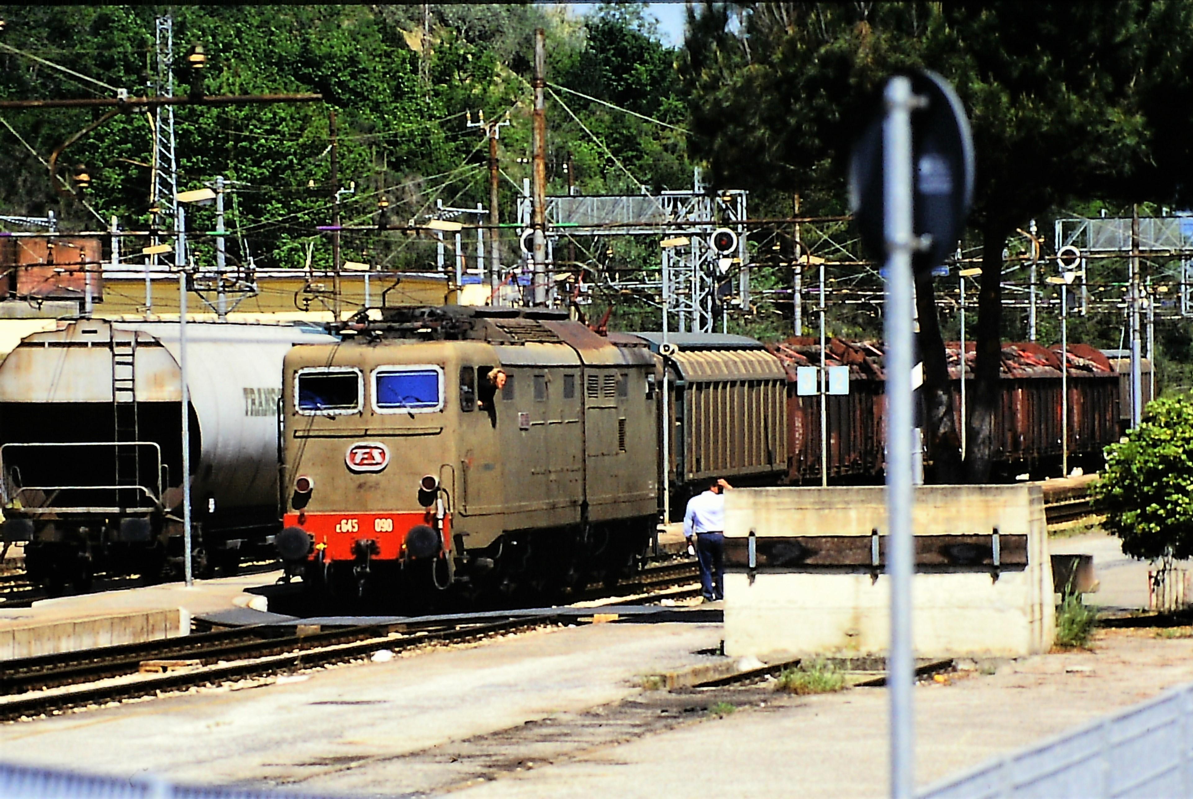 E645_080-PerugiaPSG-2003-05-05-ZampellaR01
